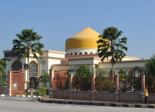 Masjid Al-Imam Al-Ghazali, Bandar Manjalara